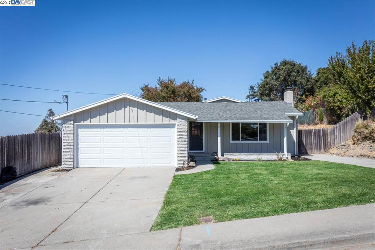 一戸建て のために 売買 アット 2417 Shawn Drive 2417 Shawn Drive San Pablo, カリフォルニア 94806 アメリカ合衆国