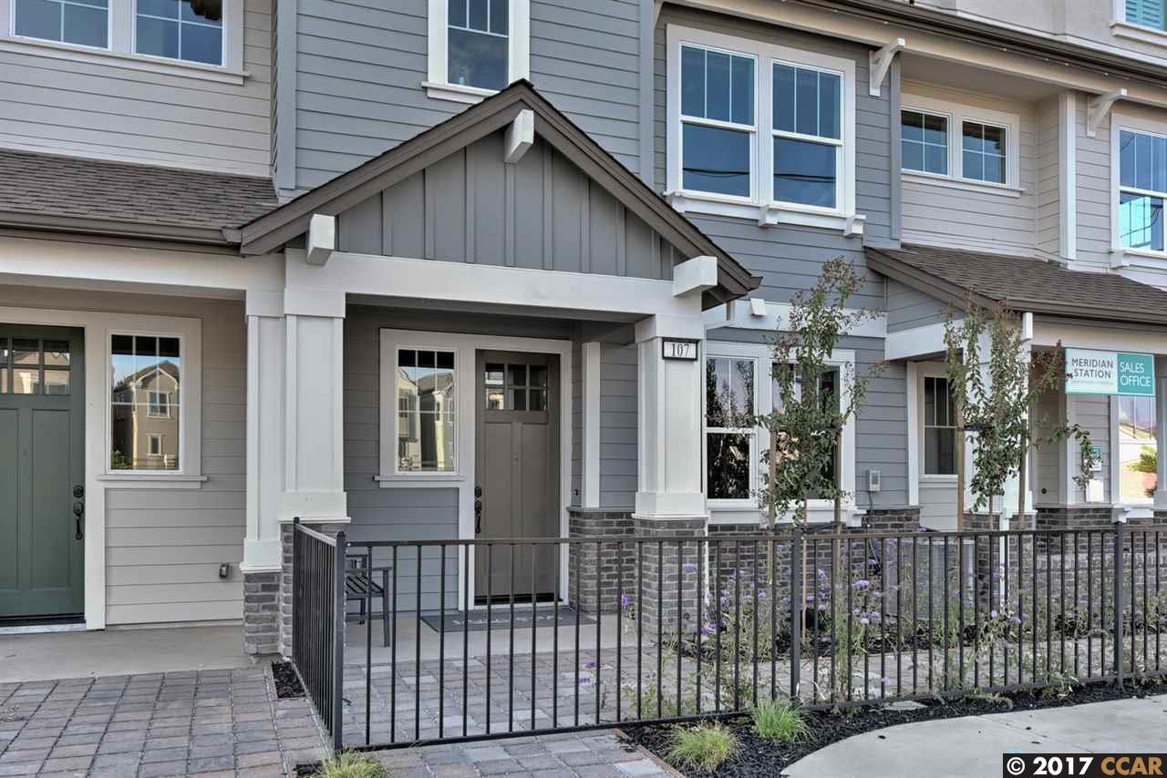 タウンハウス のために 売買 アット 110 Ganesha Common Livermore, カリフォルニア 94551 アメリカ合衆国