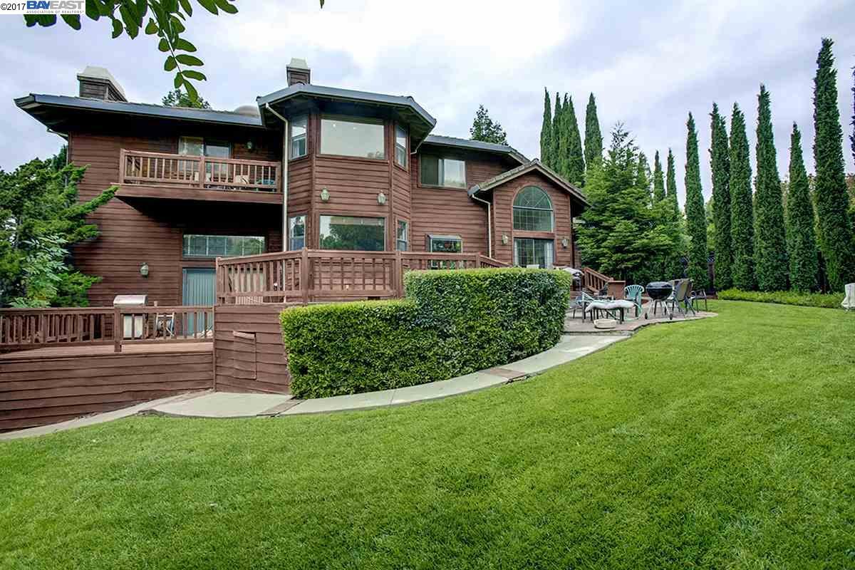 Maison unifamiliale pour l Vente à 44436 Martingale Court 44436 Martingale Court Fremont, Californie 94539 États-Unis