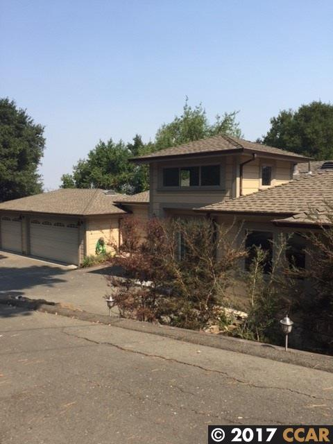 Single Family Home for Rent at 220 El Toyonal Orinda, California 94563 United States