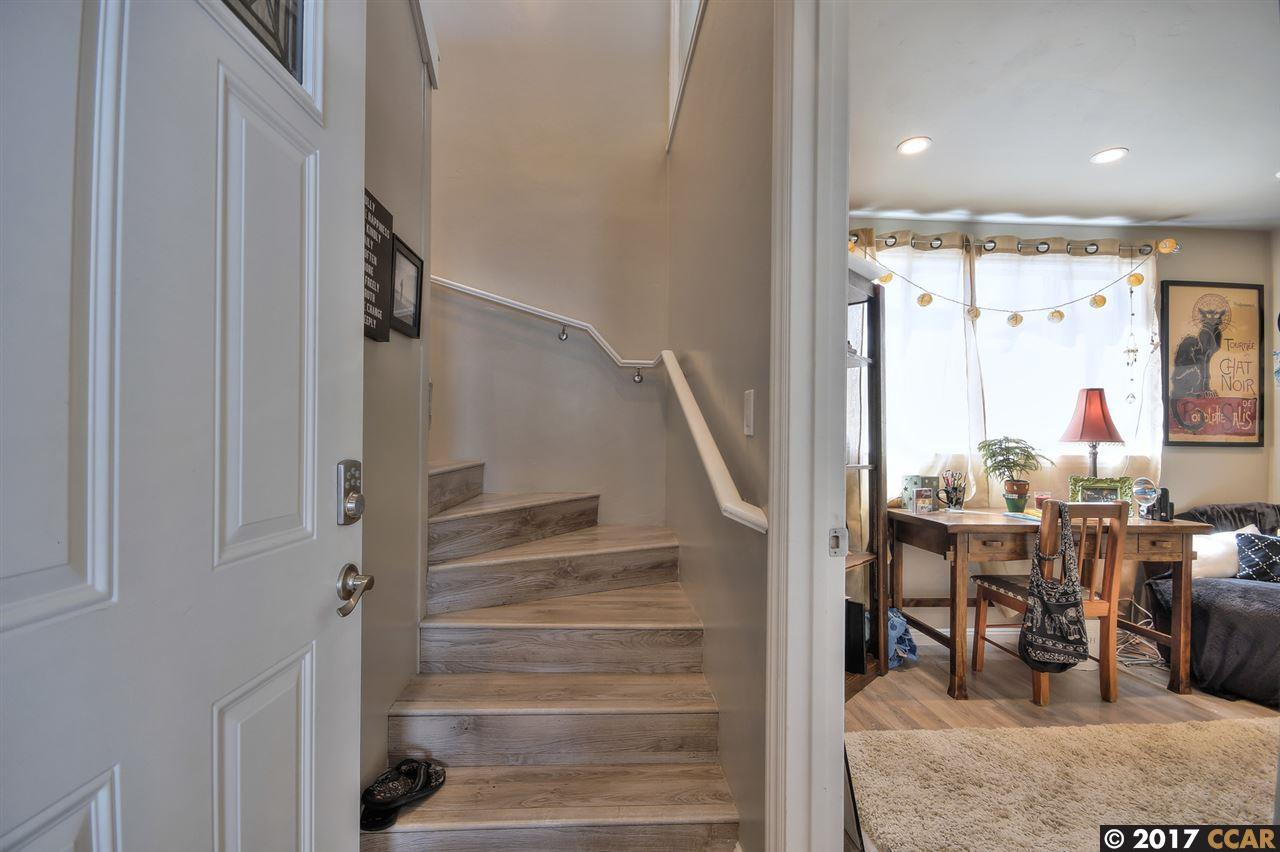 Additional photo for property listing at 107 Park Place 107 Park Place Capitola, カリフォルニア 95010 アメリカ合衆国