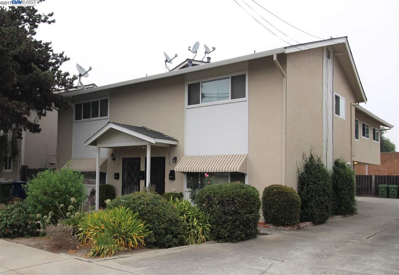 Многосемейный дом для того Аренда на 22260 N 6Th Street Castro Valley, Калифорния 94546 Соединенные Штаты