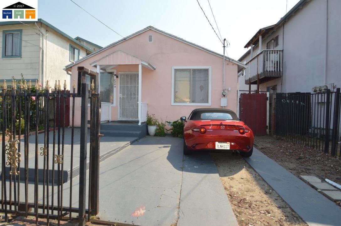 واحد منزل الأسرة للـ Sale في 2208 Dover Avenue 2208 Dover Avenue San Pablo, California 94806 United States