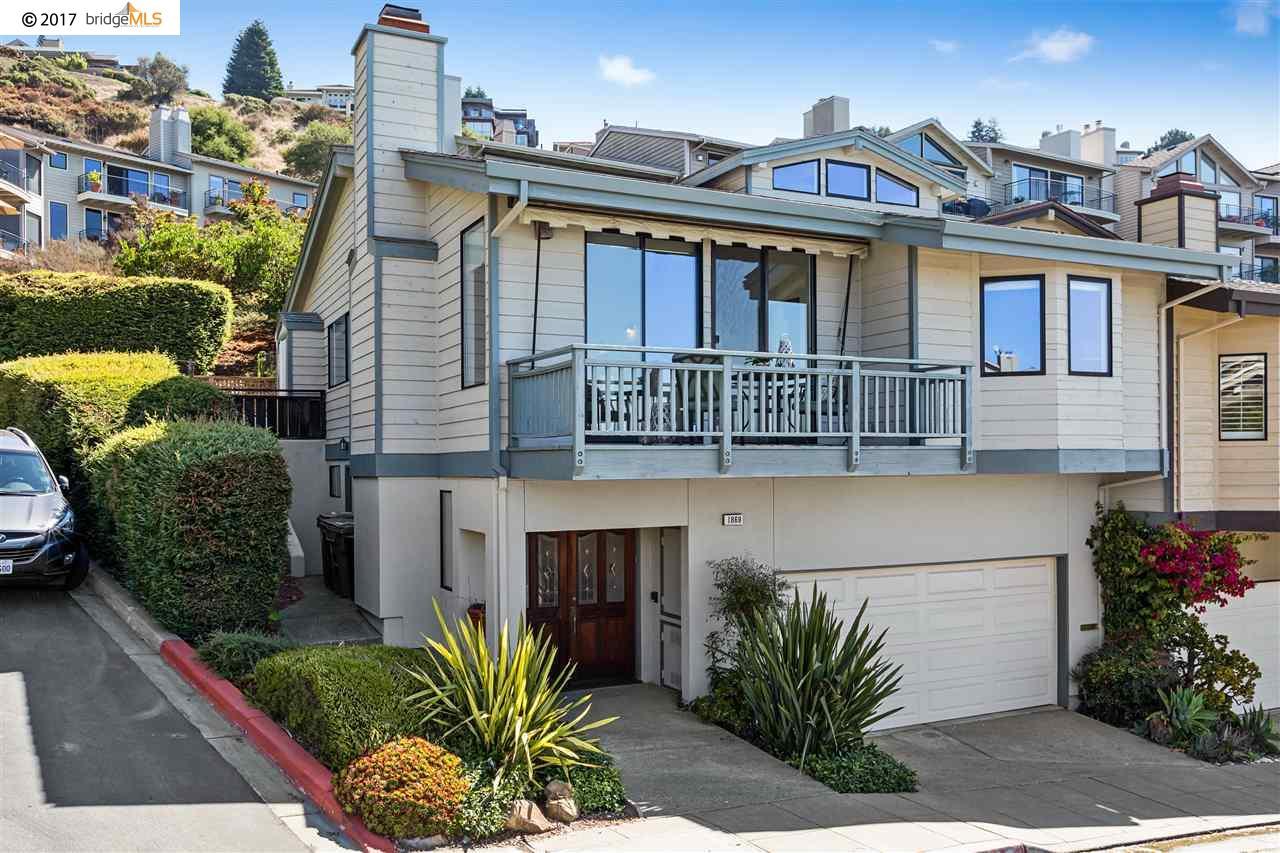 Таунхаус для того Продажа на 1869 Grand View Drive Oakland, Калифорния 94618 Соединенные Штаты