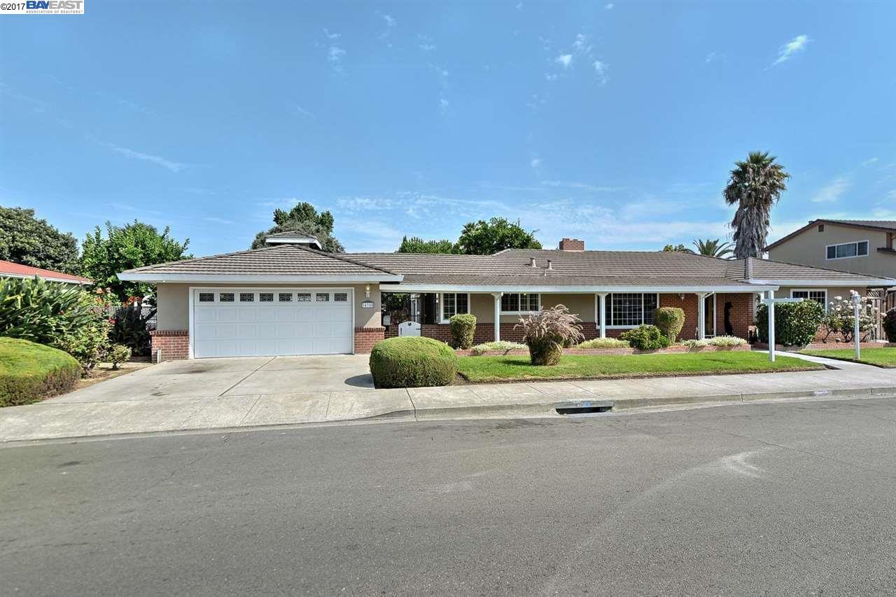 Частный односемейный дом для того Продажа на 34358 Perry Road Union City, Калифорния 94587 Соединенные Штаты
