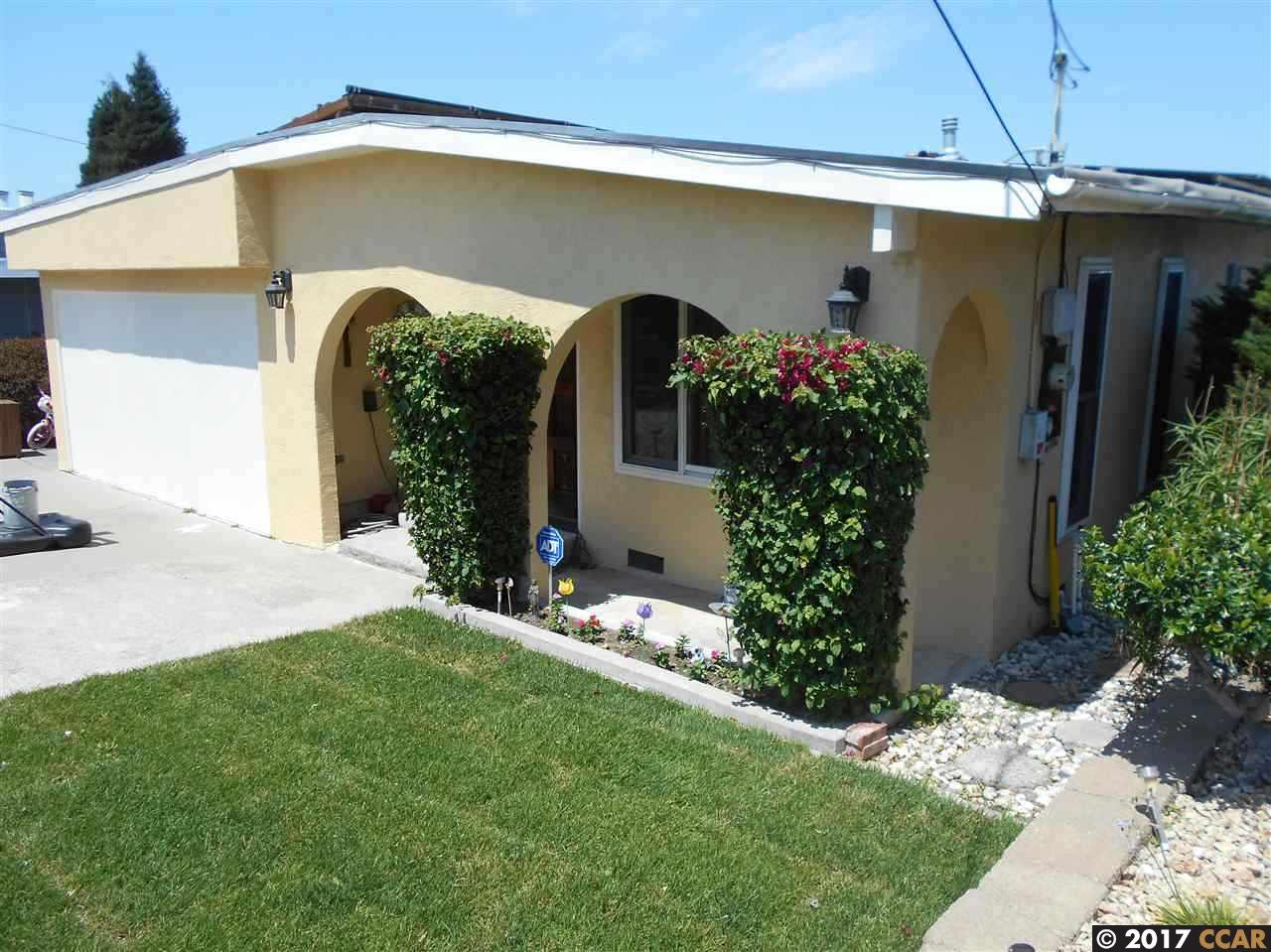 Casa Unifamiliar por un Venta en 830 Betty Avenue Pinole, California 94564 Estados Unidos