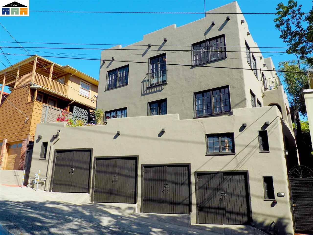 Casa Multifamiliar por un Venta en 970 Vermont Street Oakland, California 94610 Estados Unidos