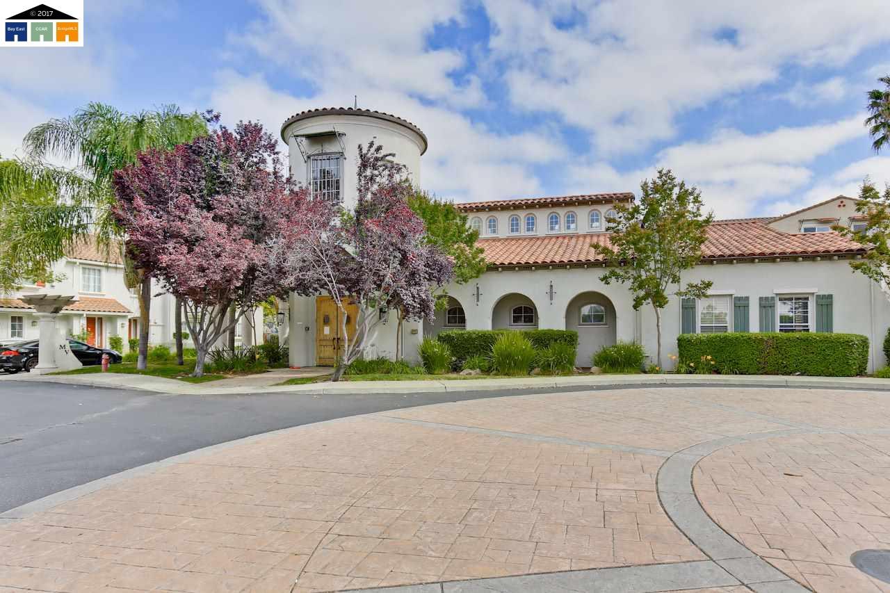 Кондоминиум для того Продажа на 35560 Monterra Terrace 35560 Monterra Terrace Union City, Калифорния 94587 Соединенные Штаты