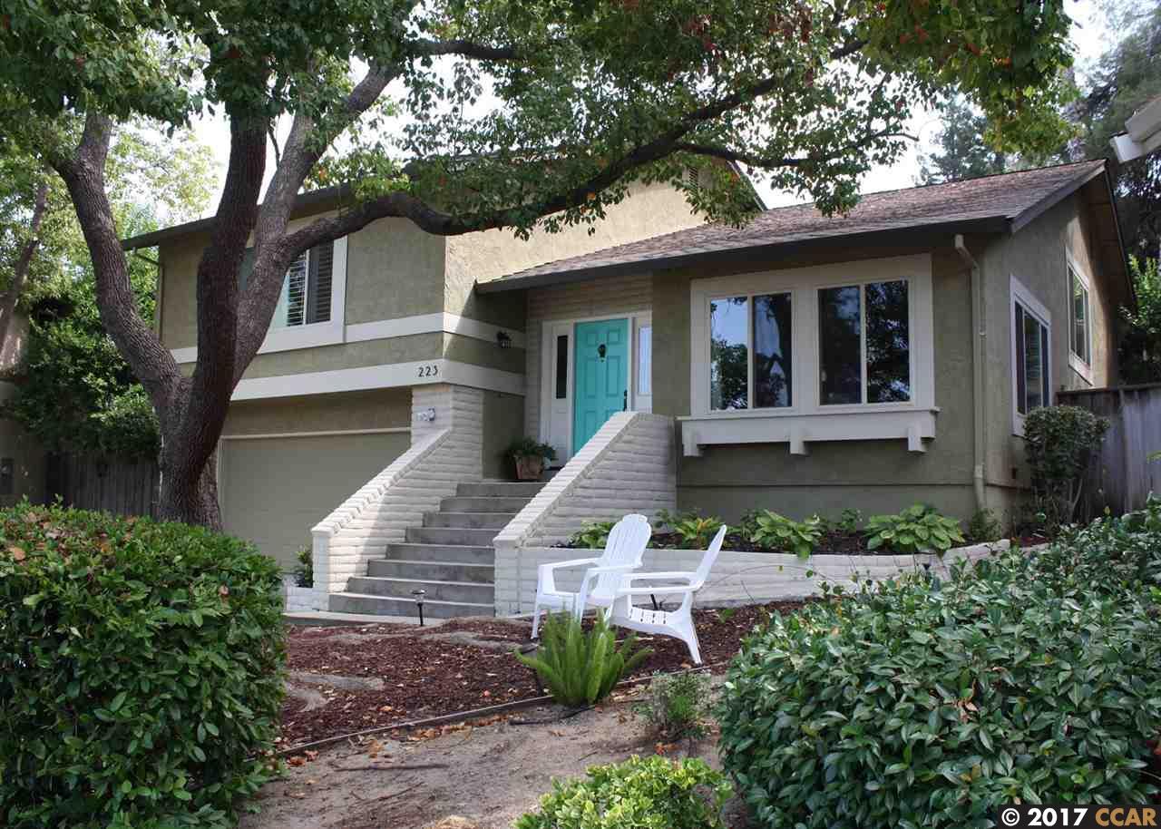 Maison unifamiliale pour l Vente à 223 Saint Germain Lane 223 Saint Germain Lane Pleasant Hill, Californie 94523 États-Unis
