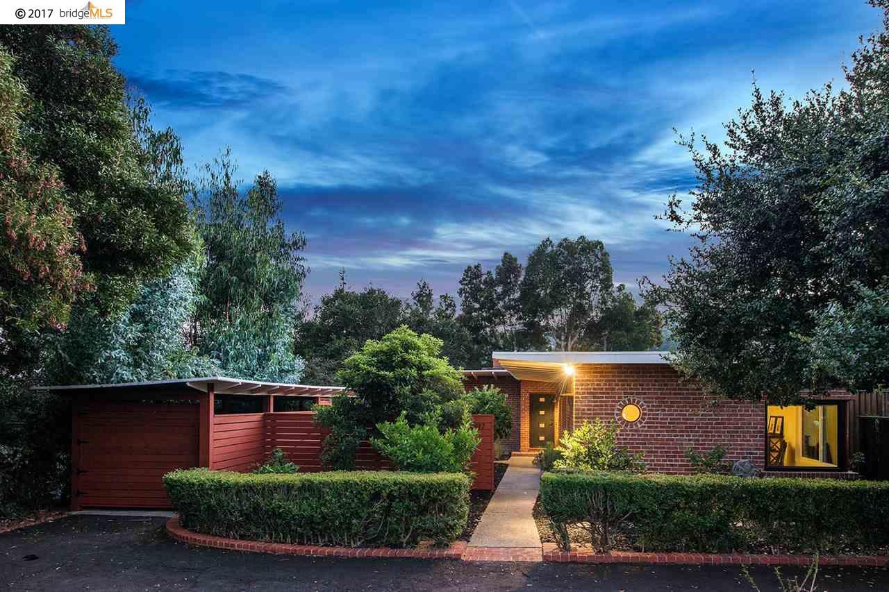 Maison unifamiliale pour l Vente à 2197 Andrews Street 2197 Andrews Street Oakland, Californie 94611 États-Unis