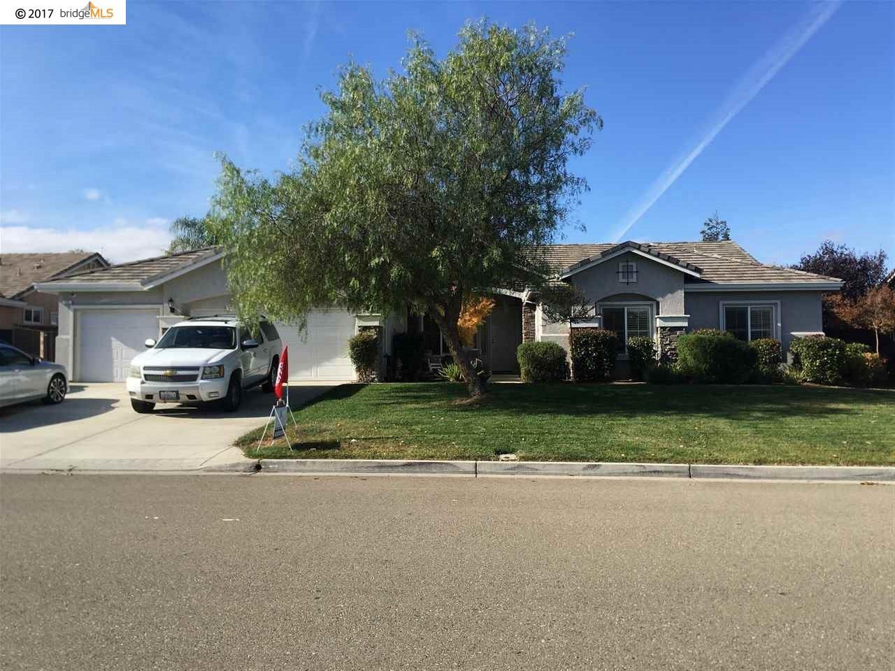 Casa Unifamiliar por un Venta en 15 Bob White Court 15 Bob White Court Oakley, California 94561 Estados Unidos