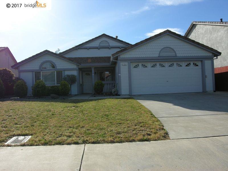 Casa Unifamiliar por un Alquiler en 124 Mercedes Lane Oakley, California 94561 Estados Unidos
