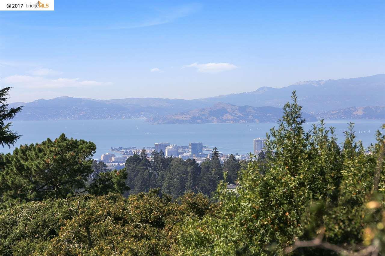 Maison unifamiliale pour l Vente à 6015 Chelton 6015 Chelton Oakland, Californie 94611 États-Unis