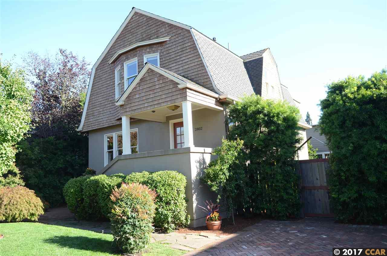 Casa Unifamiliar por un Venta en 2802 Webster Street Berkeley, California 94705 Estados Unidos