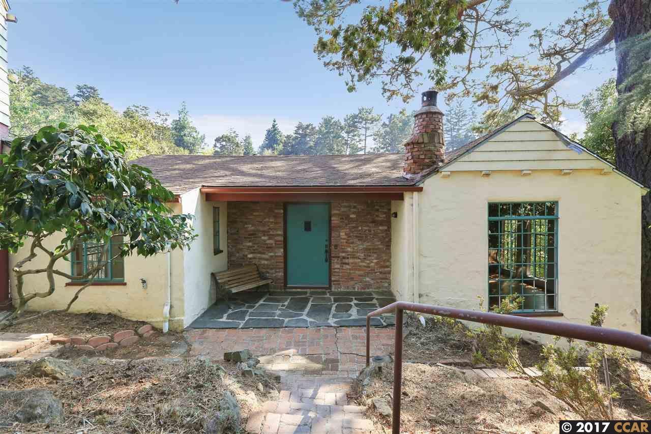 Einfamilienhaus für Verkauf beim 6024 Chelton Drive Oakland, Kalifornien 94611 Vereinigte Staaten