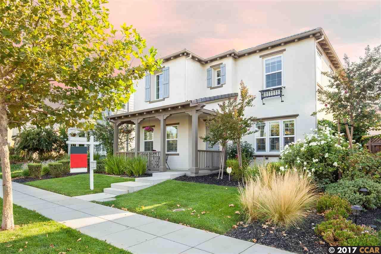Einfamilienhaus für Verkauf beim 668 W Gravino Drive 668 W Gravino Drive Mountain House, Kalifornien 95391 Vereinigte Staaten