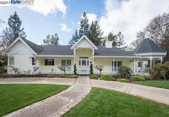 Casa Unifamiliar por un Alquiler en 1 Creekledge Court Danville, California 94506 Estados Unidos
