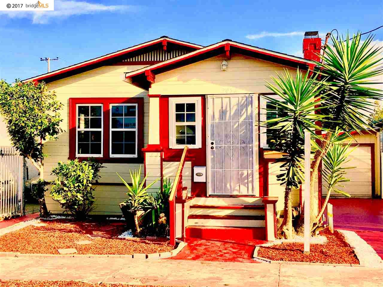 Частный односемейный дом для того Продажа на 2056 64Th Avenue 2056 64Th Avenue Oakland, Калифорния 94621 Соединенные Штаты
