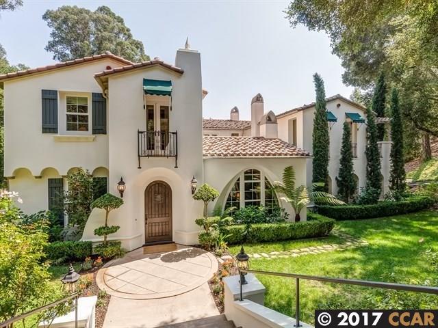 Maison unifamiliale pour l Vente à 18 Charles Hill Circle 18 Charles Hill Circle Orinda, Californie 94563 États-Unis