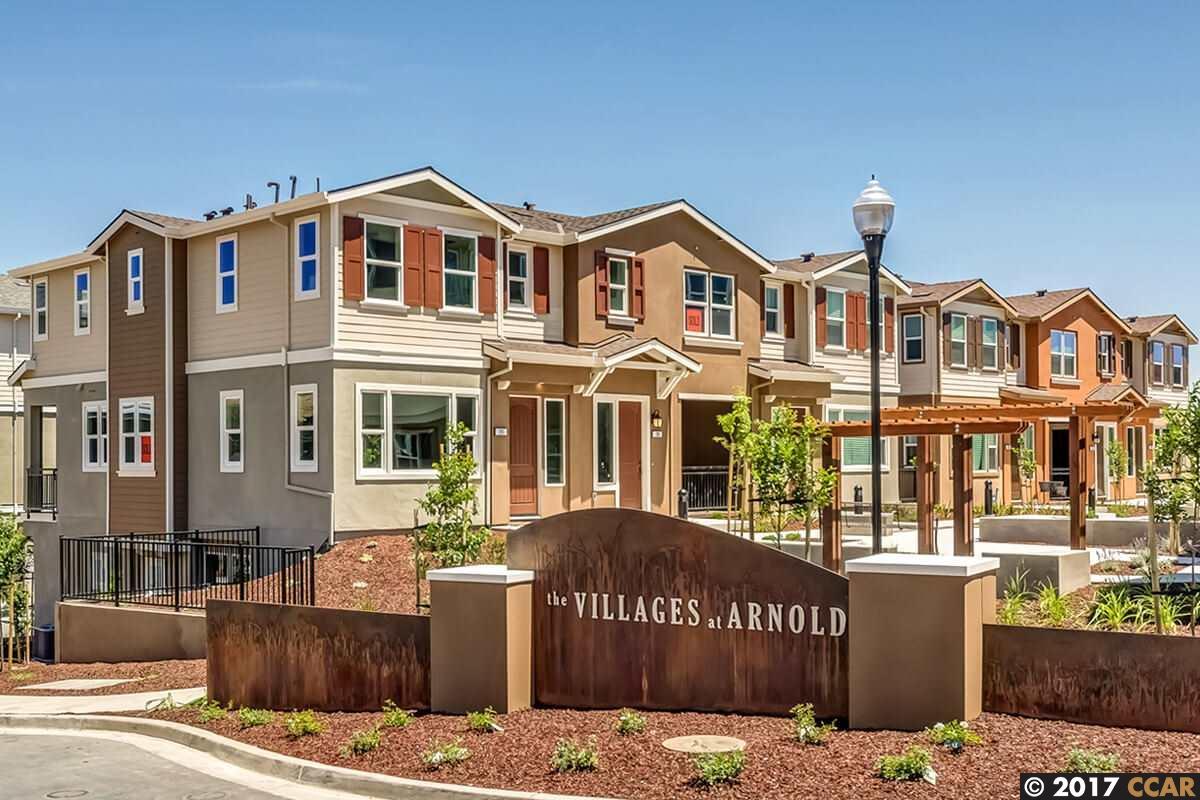 Appartement en copropriété pour l Vente à 709 Tierney Place Martinez, Californie 94553 États-Unis