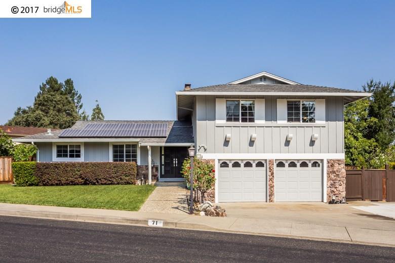 Maison unifamiliale pour l Vente à 71 Banbridge Place 71 Banbridge Place Pleasant Hill, Californie 94523 États-Unis