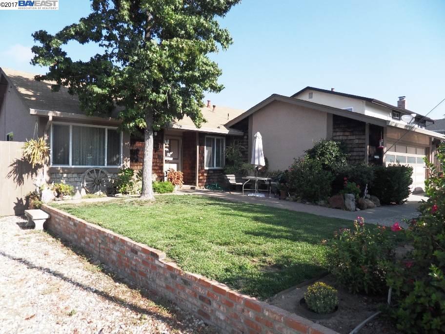 Maison unifamiliale pour l Vente à 3465 Surry Place Fremont, Californie 94536 États-Unis