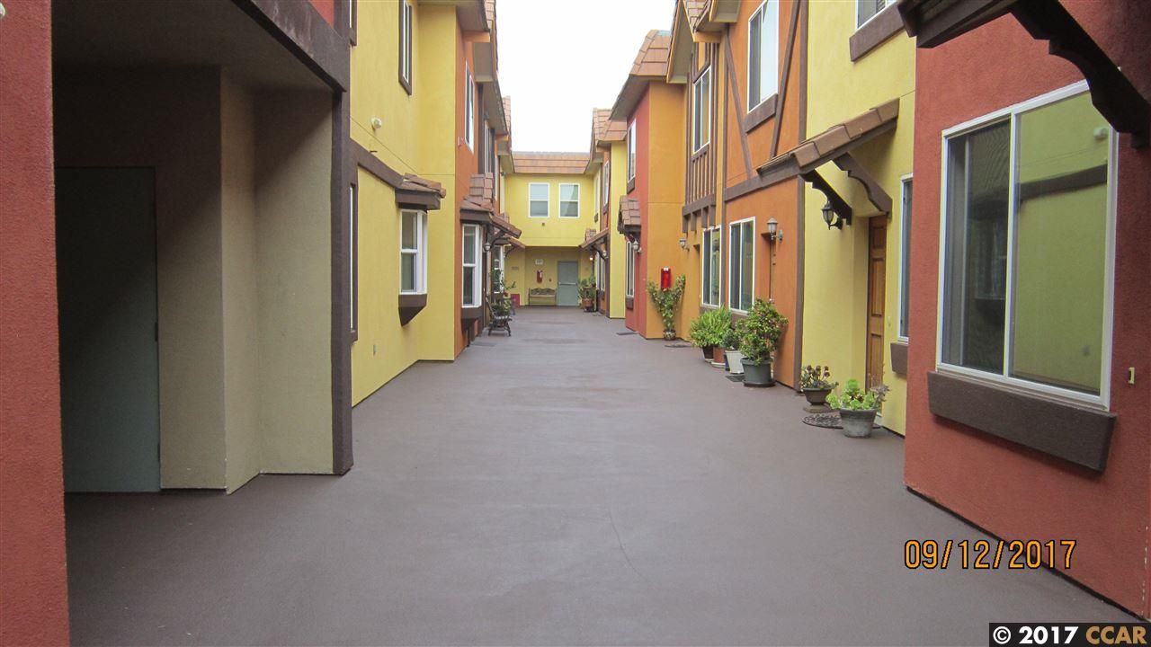 شقة بعمارة للـ Sale في 727 San Pablo Avenue 727 San Pablo Avenue Albany, California 94706 United States