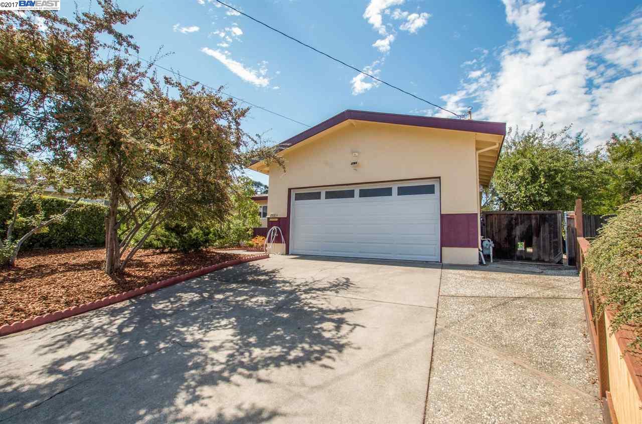 Casa Unifamiliar por un Venta en 2600 Fahey Court Pinole, California 94564 Estados Unidos