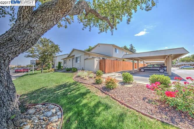Кондоминиум для того Продажа на 3994 Pimlico Drive Pleasanton, Калифорния 94588 Соединенные Штаты
