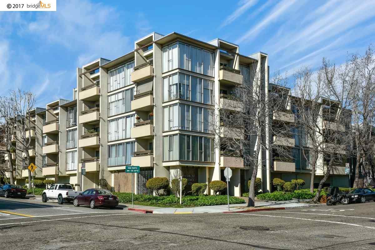 Eigentumswohnung für Verkauf beim 4101 Howe Street Oakland, Kalifornien 94611 Vereinigte Staaten