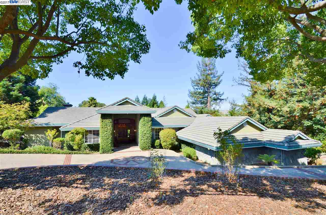 Single Family Home for Sale at 5812 Jensen Road Castro Valley, California 94552 United States