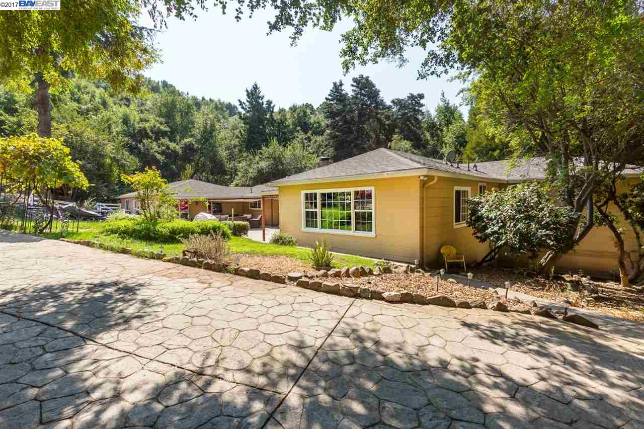 Single Family Home for Sale at 5015 Old Dublin Road 5015 Old Dublin Road Castro Valley, California 94552 United States
