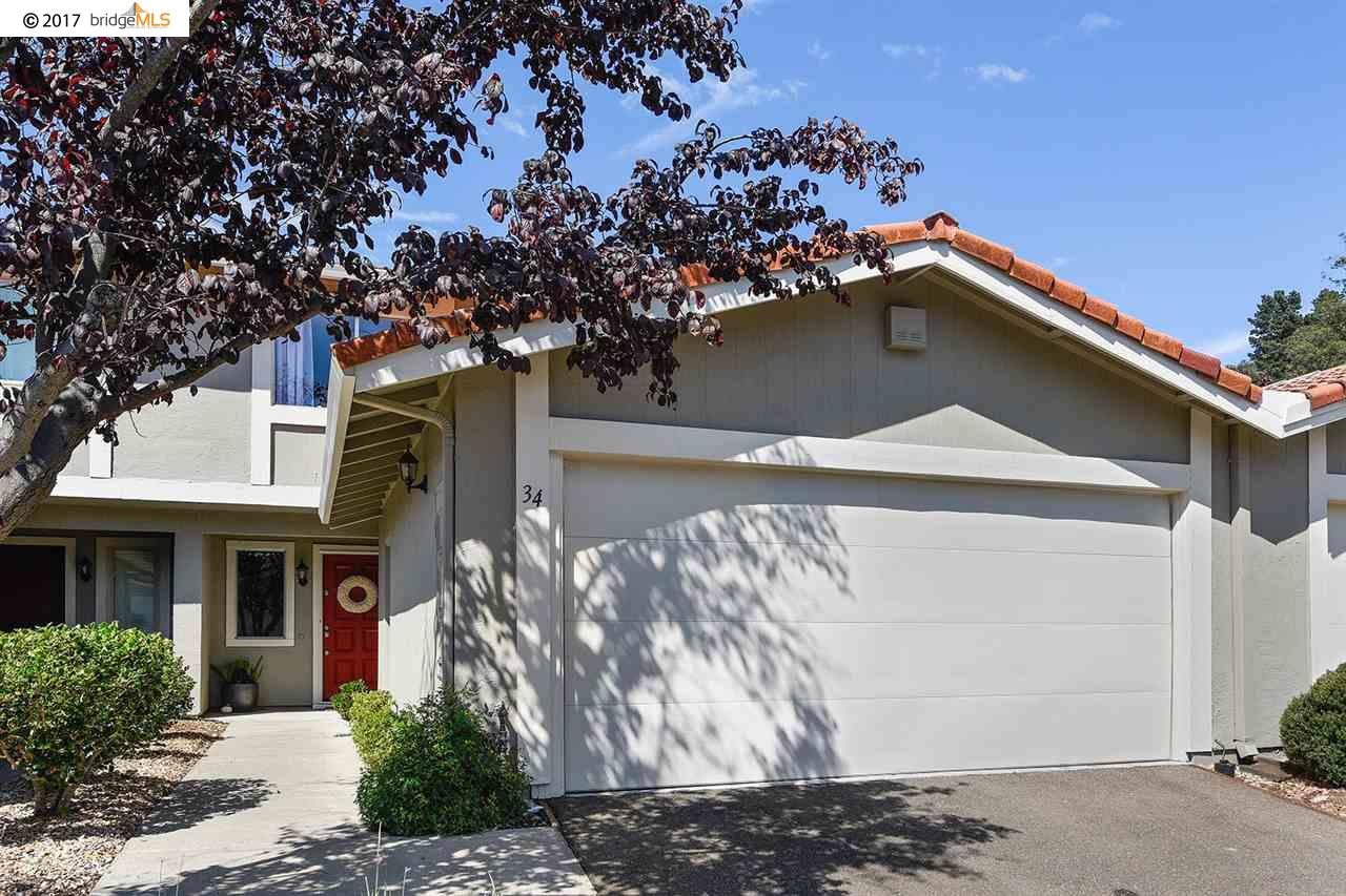 Townhouse for Sale at 34 Turtle Creek Street 34 Turtle Creek Street Oakland, California 94605 United States