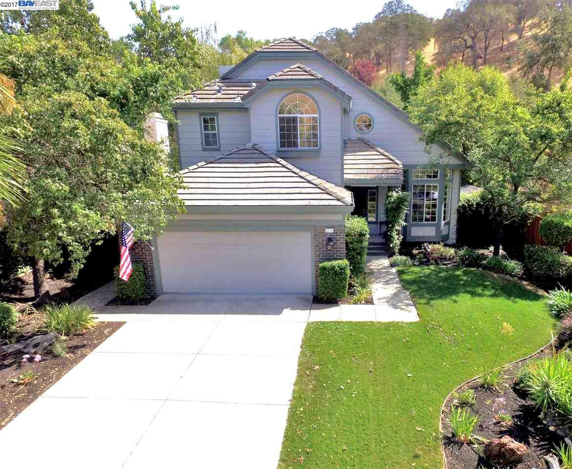 Single Family Home for Sale at 5116 Keller Ridge Drive 5116 Keller Ridge Drive Clayton, California 94517 United States