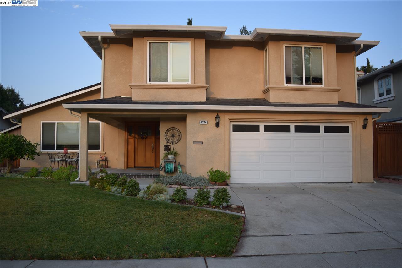 Single Family Home for Sale at 3274 Balmoral Court 3274 Balmoral Court Pleasanton, California 94588 United States