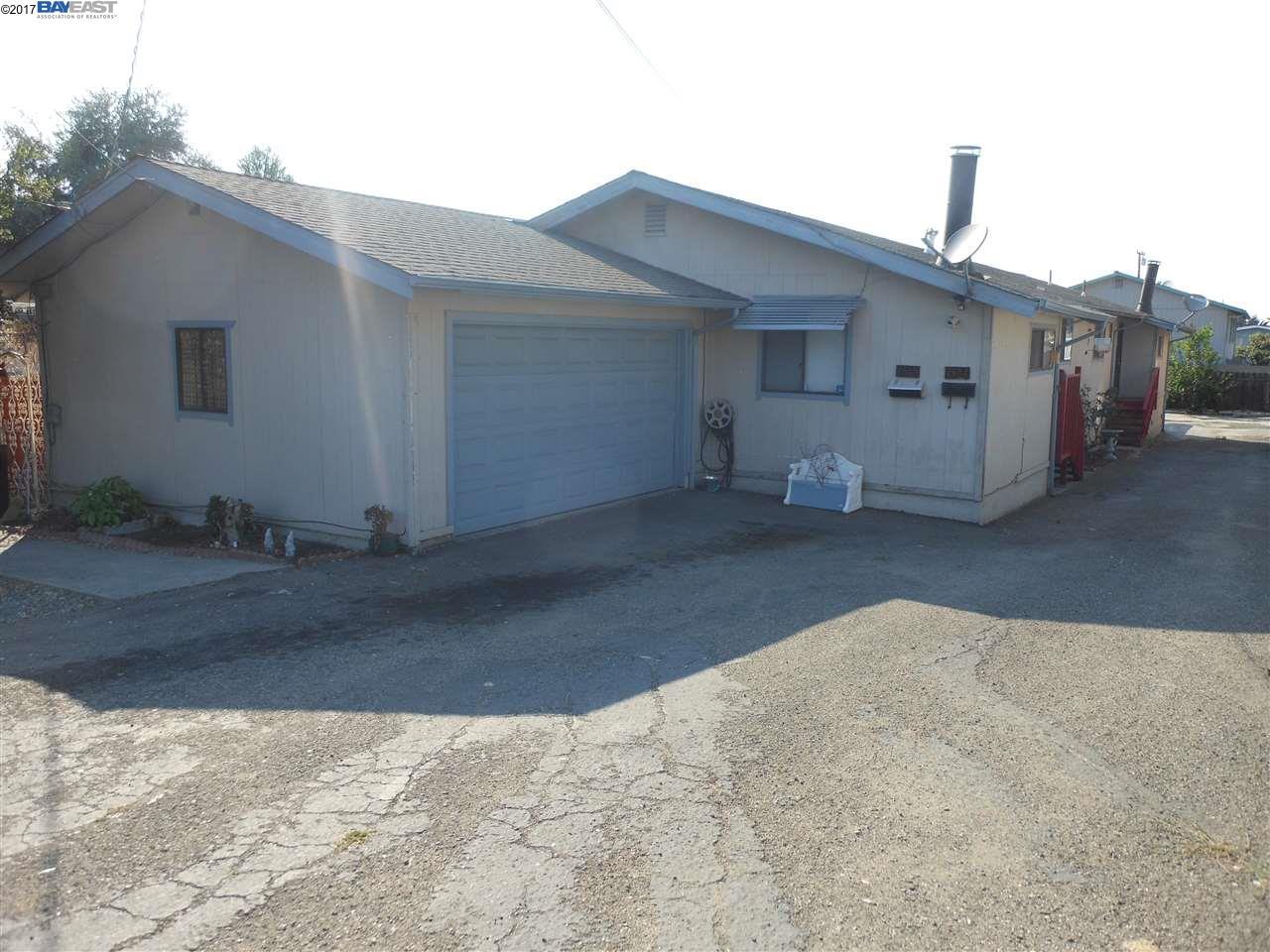二世帯住宅 のために 売買 アット 1585 168th Avenue San Leandro, カリフォルニア 94578 アメリカ合衆国
