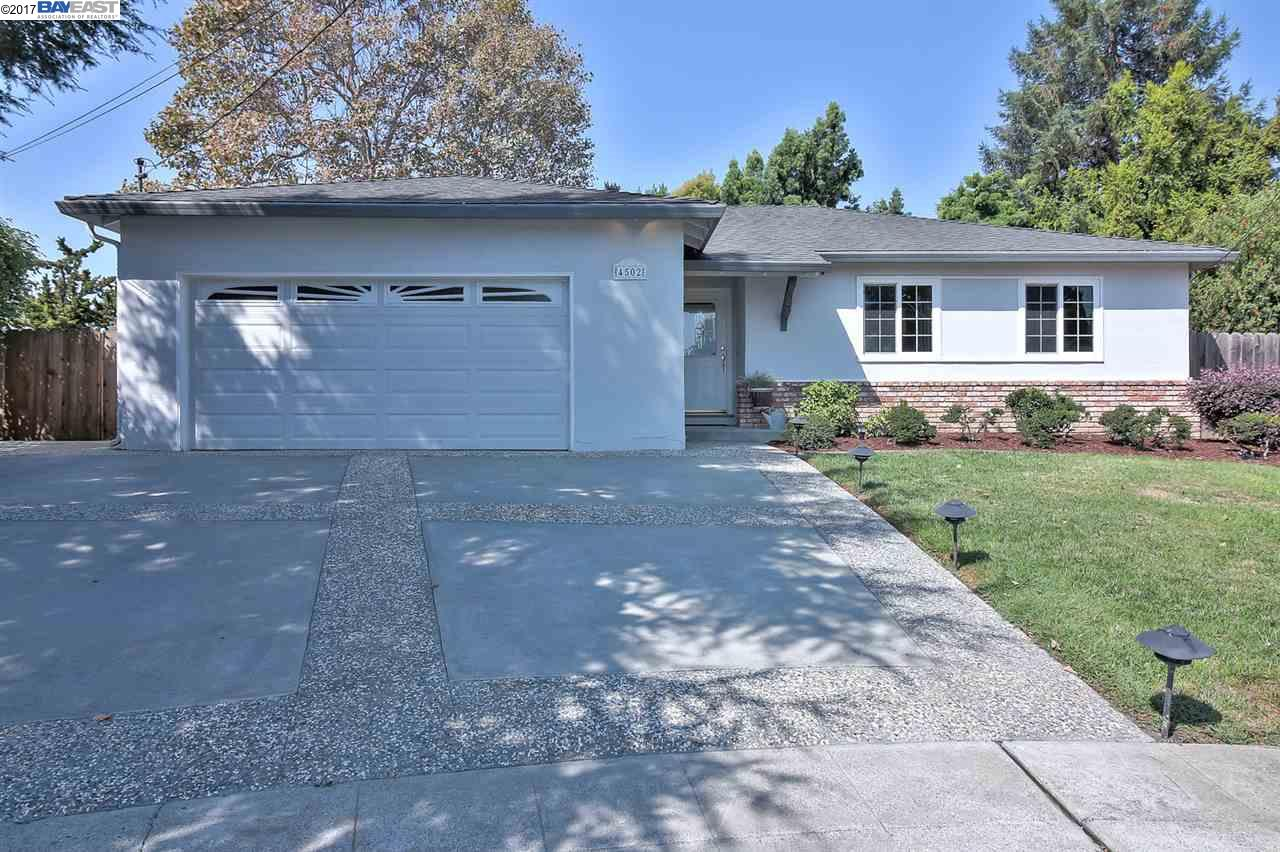 Single Family Home for Sale at 4502 Newhaven Way 4502 Newhaven Way Castro Valley, California 94546 United States