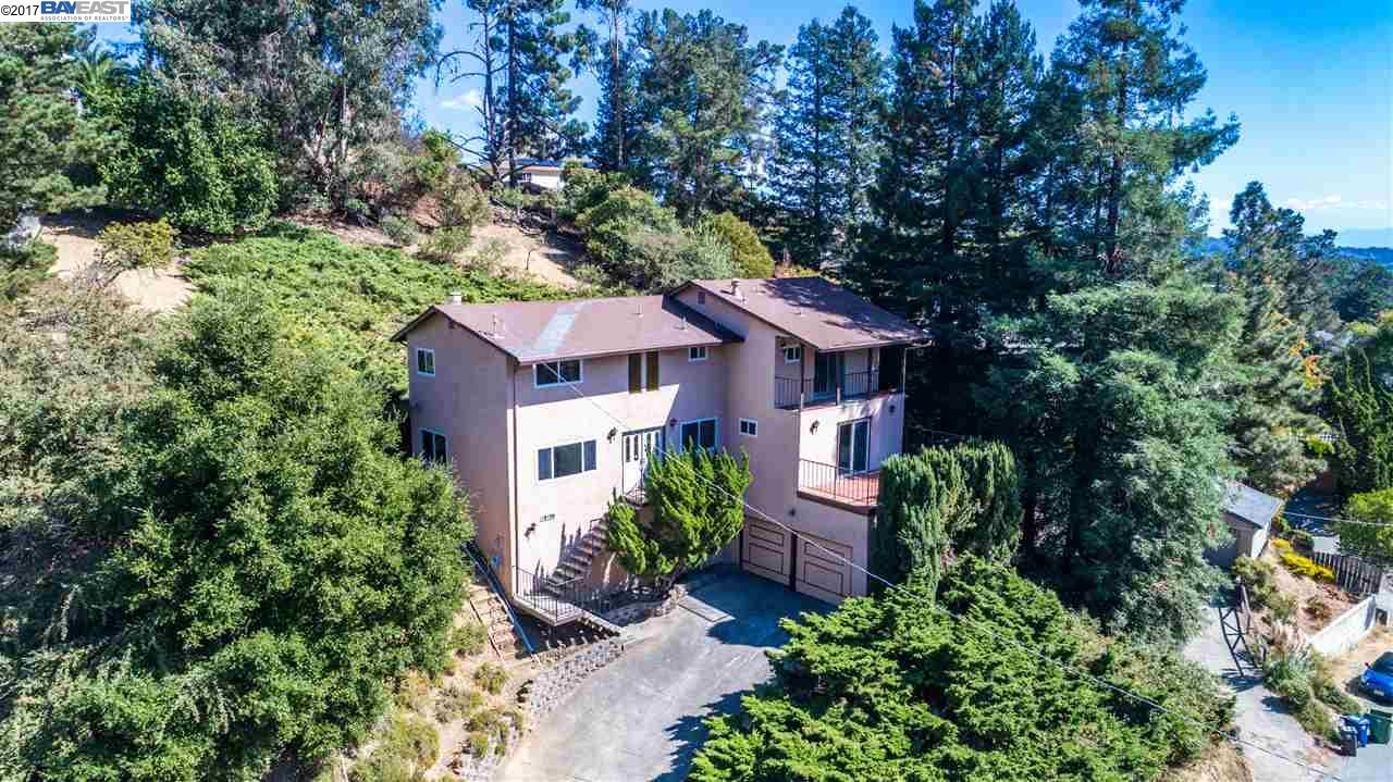 Single Family Home for Sale at 18106 Vineyard Road 18106 Vineyard Road Castro Valley, California 94546 United States