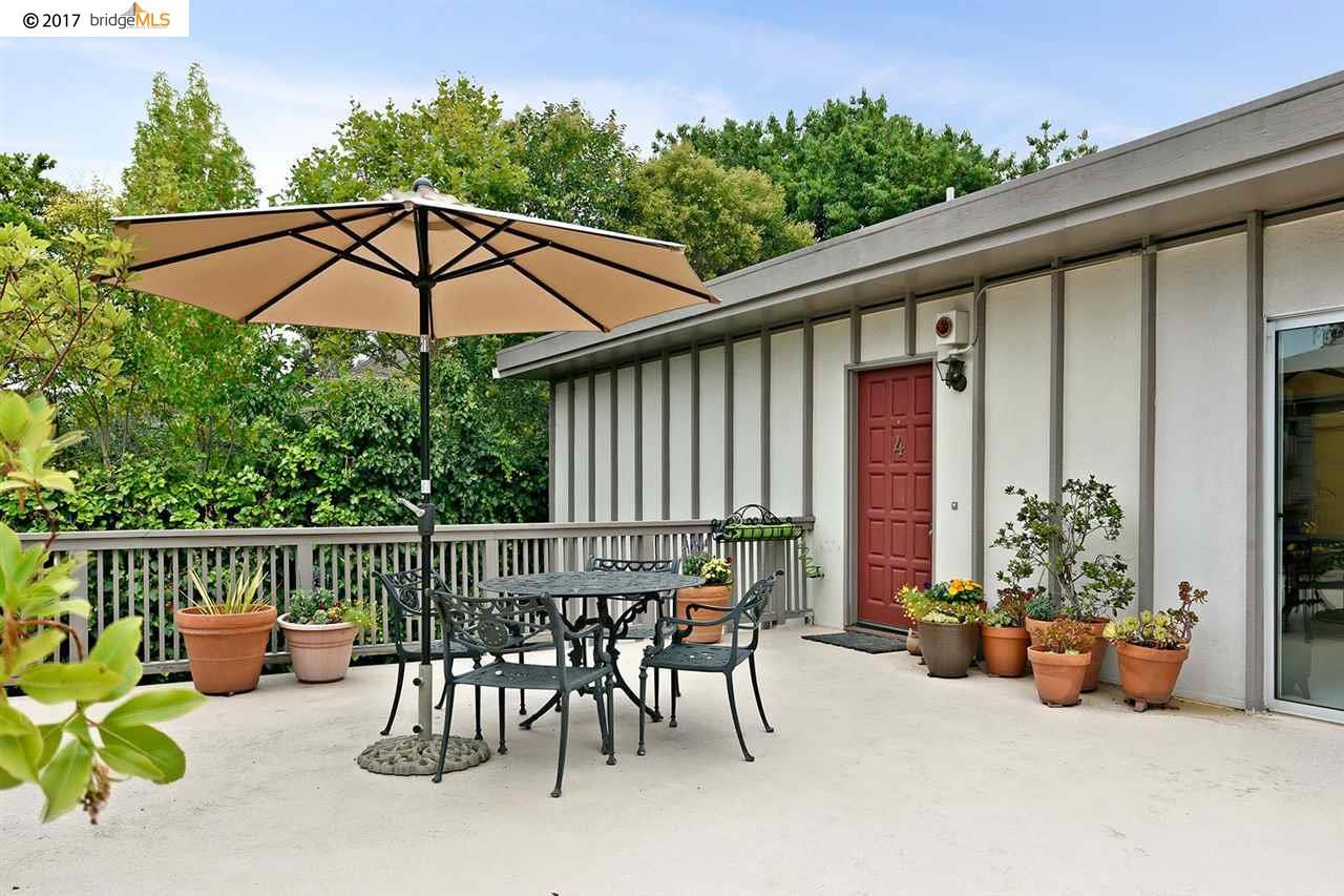 Appartement en copropriété pour l Vente à 2815 Regent Street Berkeley, Californie 94705 États-Unis