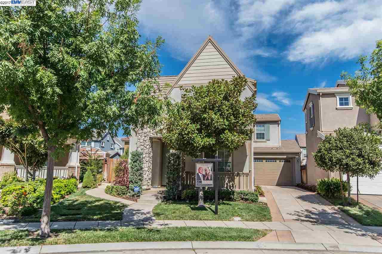 Частный односемейный дом для того Продажа на 229 N Orinda Mountain House, Калифорния 95391 Соединенные Штаты