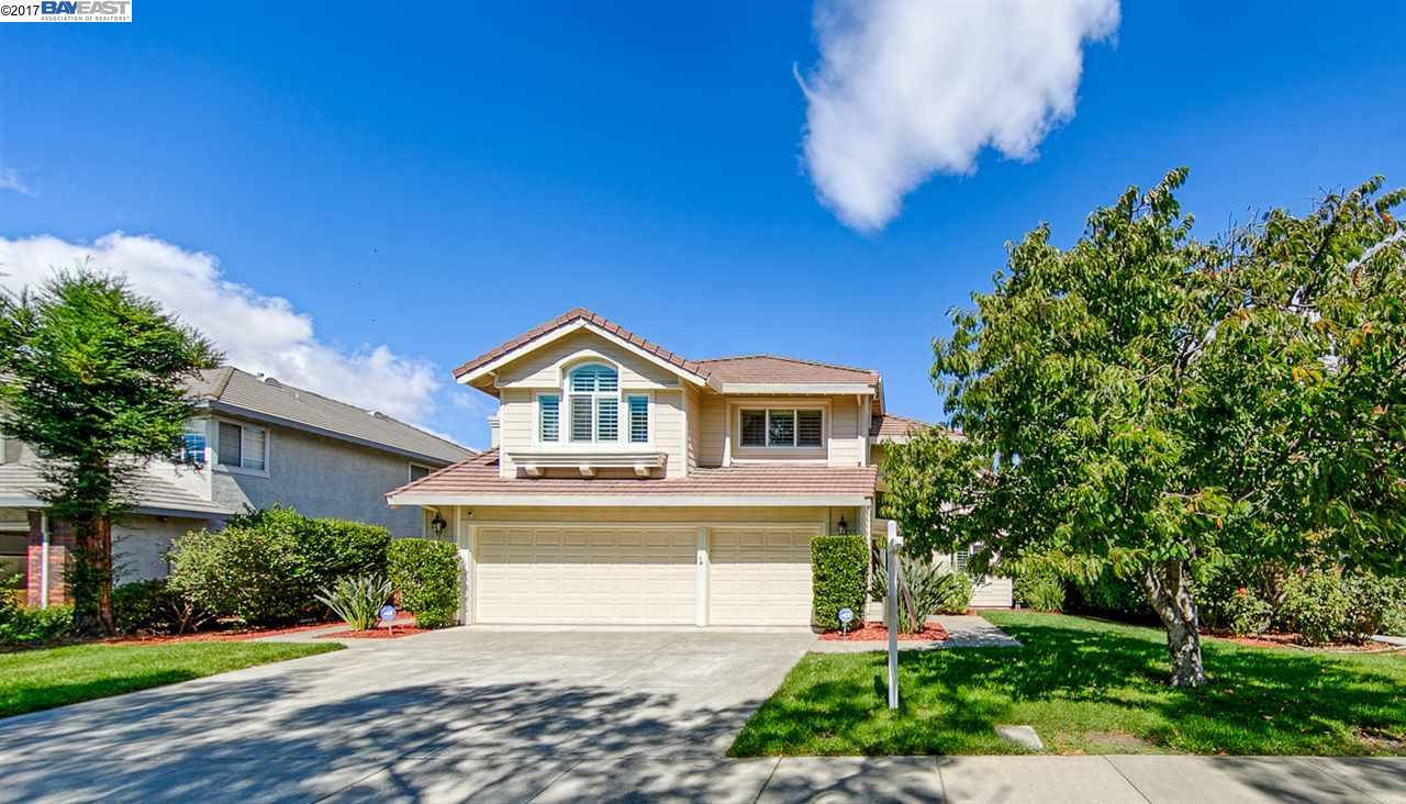 واحد منزل الأسرة للـ Sale في 570 Firenza Street 570 Firenza Street Livermore, California 94551 United States