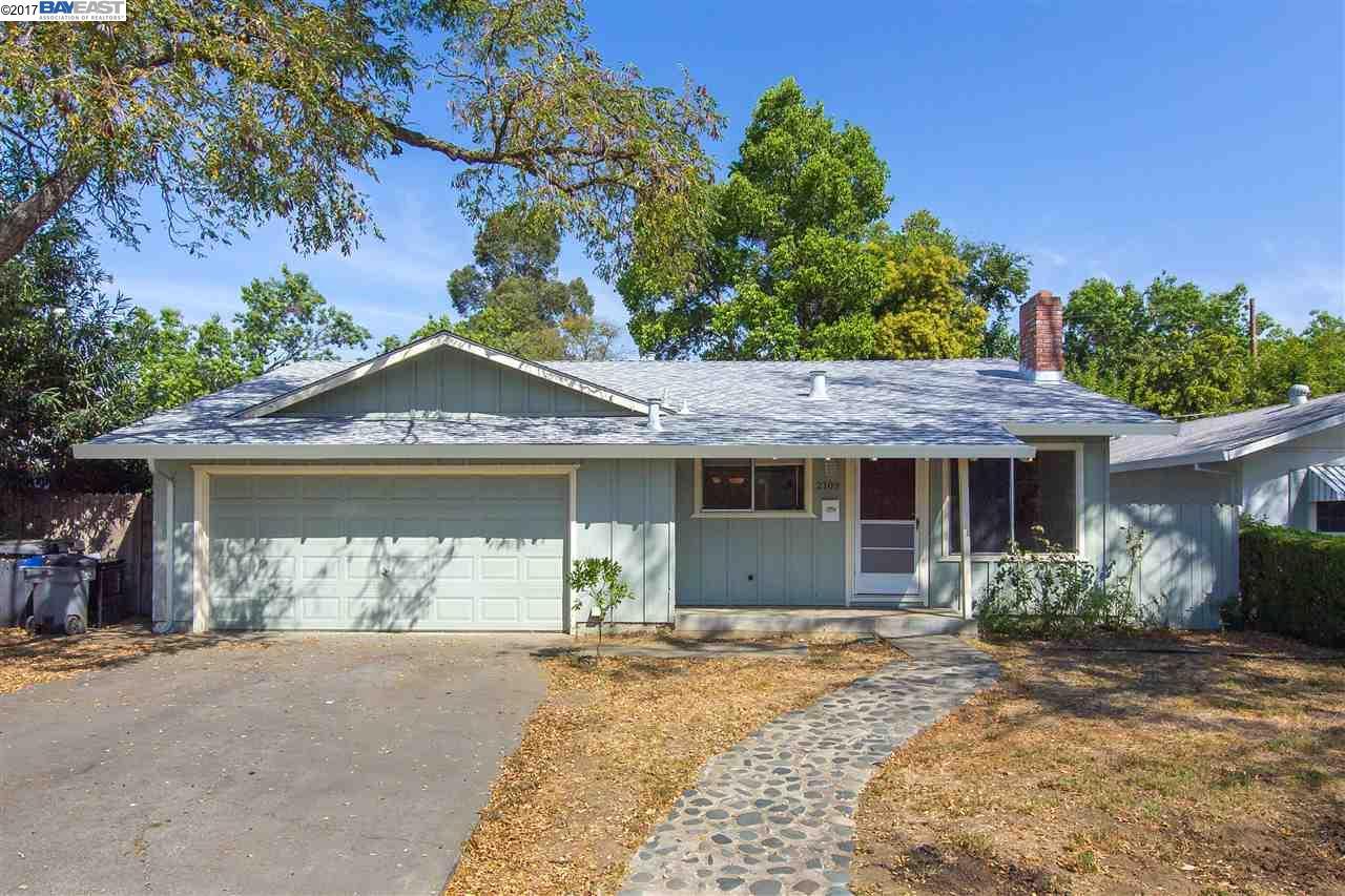 一戸建て のために 売買 アット 2109 Regis Drive 2109 Regis Drive Davis, カリフォルニア 95618 アメリカ合衆国