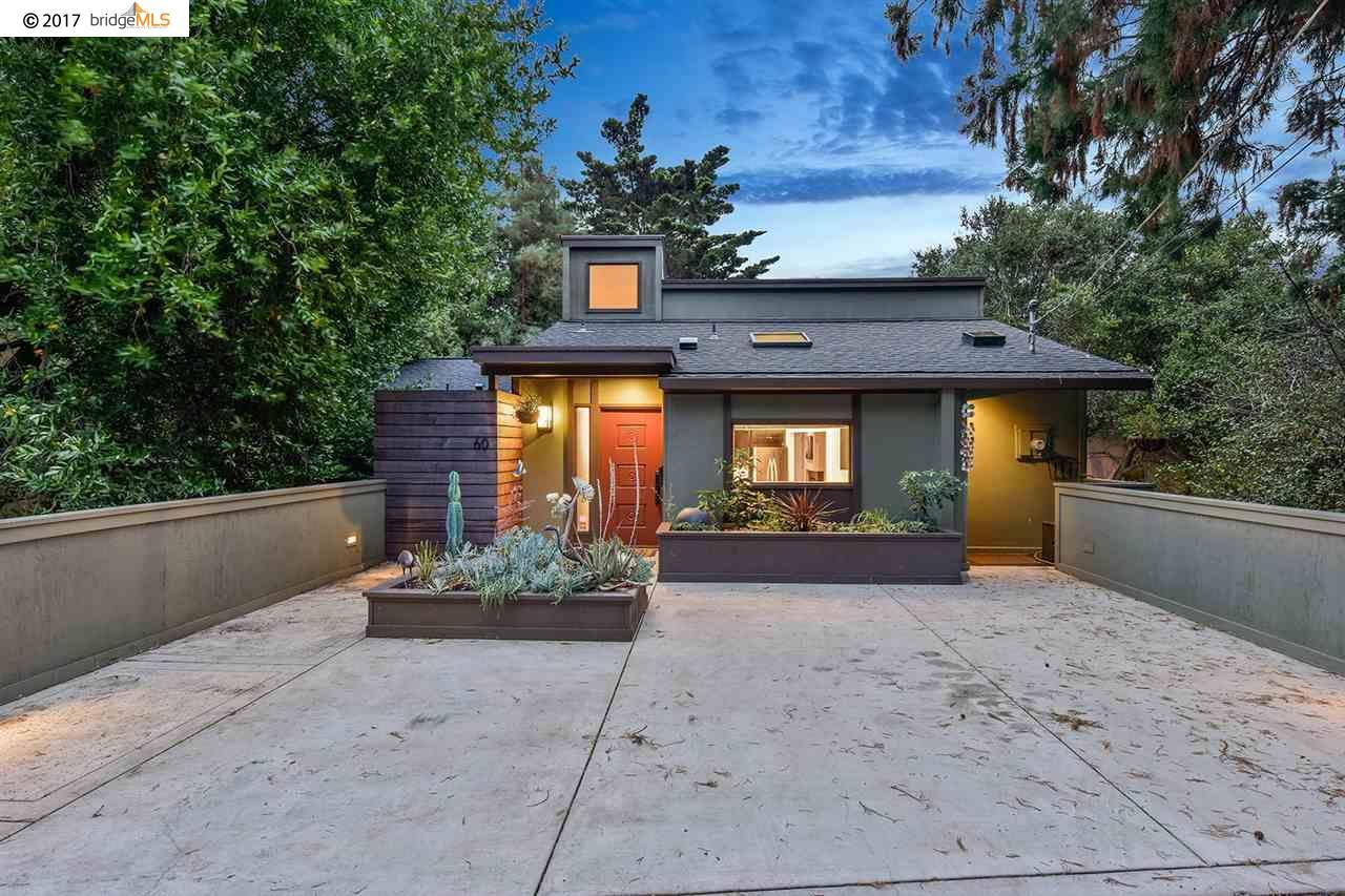 Maison unifamiliale pour l Vente à 60 Highgate Road 60 Highgate Road Kensington, Californie 94707 États-Unis
