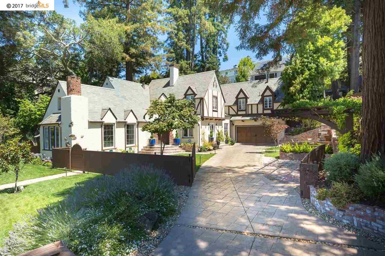 Частный односемейный дом для того Продажа на 288 Saint James Drive 288 Saint James Drive Piedmont, Калифорния 94611 Соединенные Штаты