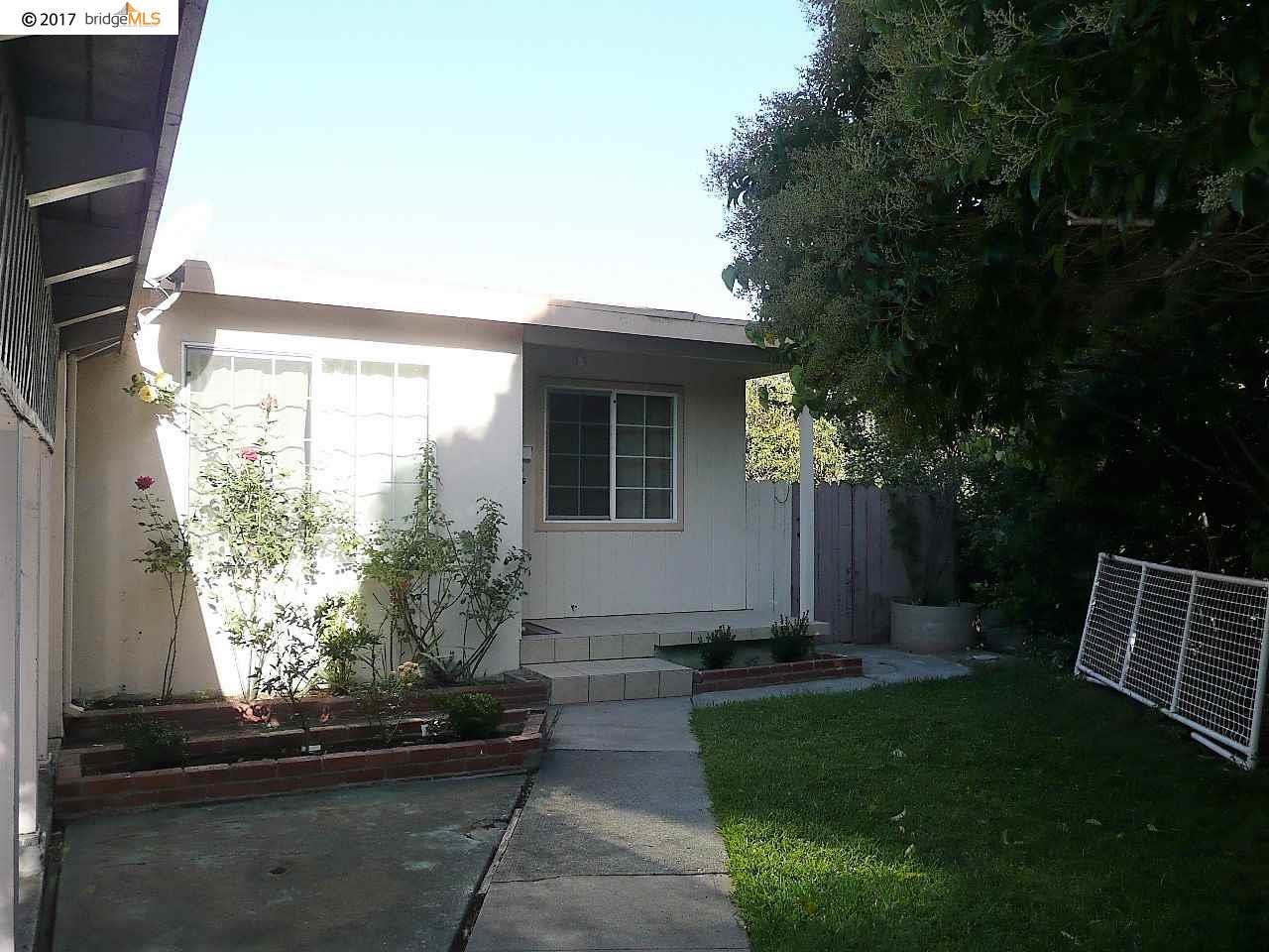 واحد منزل الأسرة للـ Sale في 1941 Dodson Street 1941 Dodson Street San Pablo, California 94806 United States