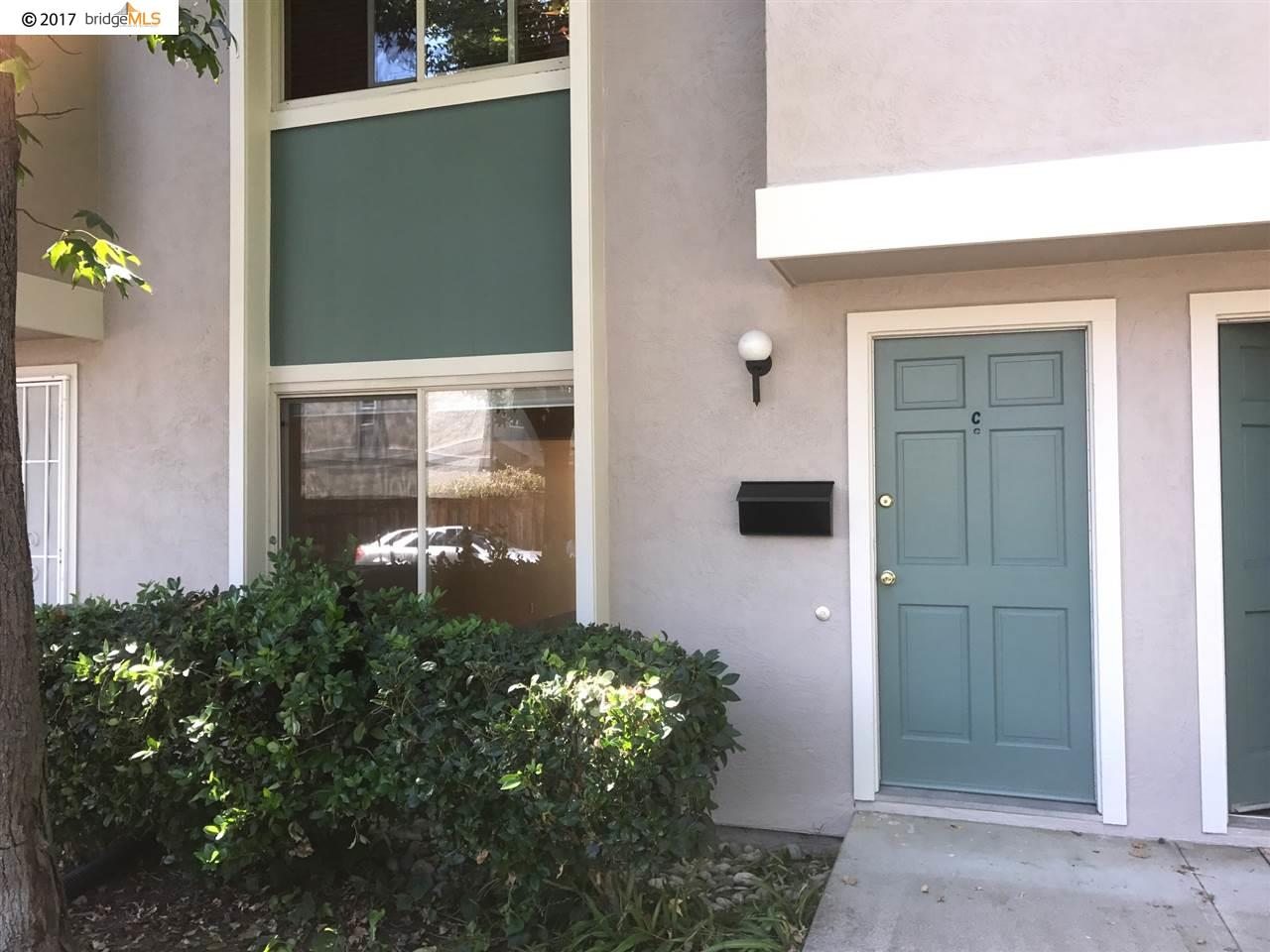 Townhouse for Sale at 1221 Pine Creek Way 1221 Pine Creek Way Concord, California 94520 United States