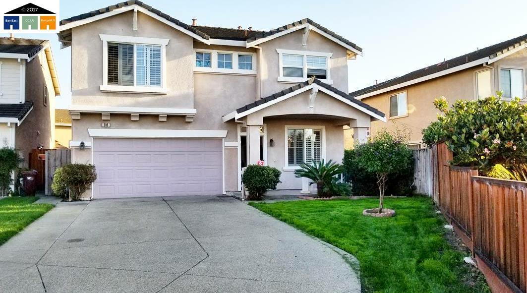 Einfamilienhaus für Verkauf beim 988 Ferro Drive 988 Ferro Drive San Lorenzo, Kalifornien 94580 Vereinigte Staaten