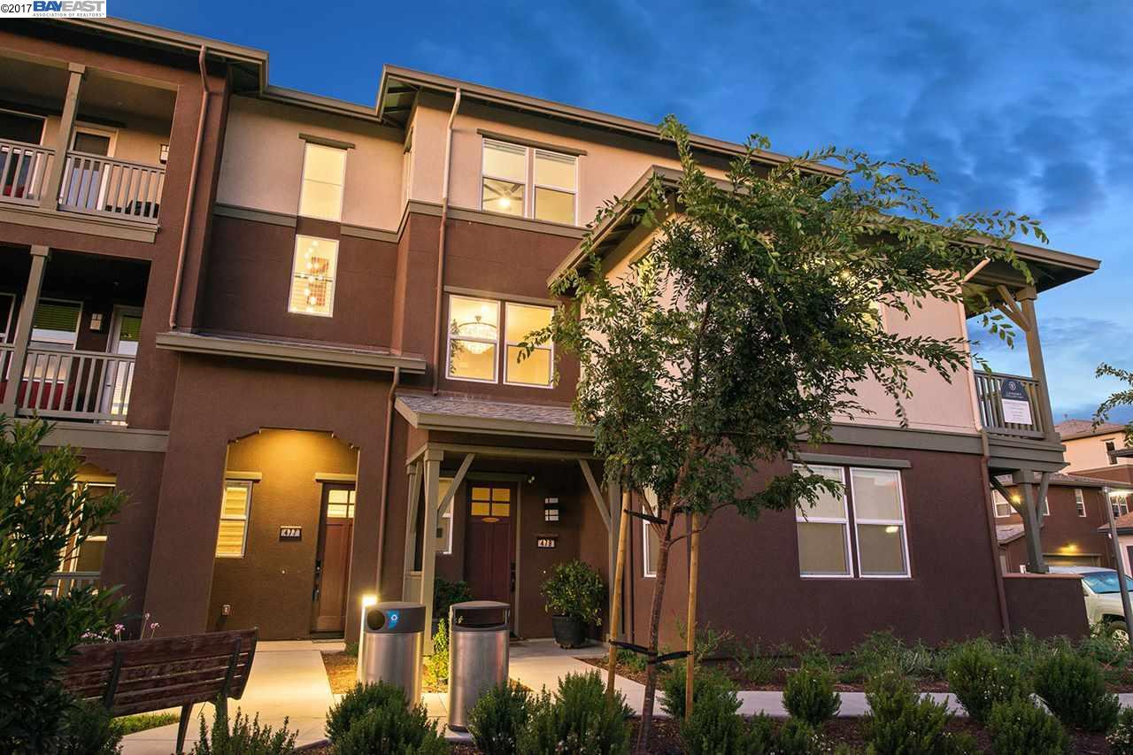 Кондоминиум для того Продажа на 477 Mitchell Avenue 477 Mitchell Avenue Alameda, Калифорния 94501 Соединенные Штаты