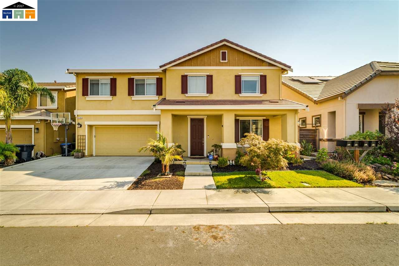 獨棟家庭住宅 為 出售 在 2106 Marchador Drive 2106 Marchador Drive Fairfield, 加利福尼亞州 94534 美國