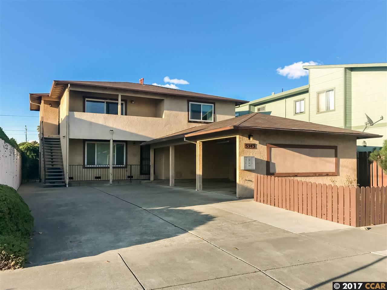 二世帯住宅 のために 売買 アット 5343 Cypress Avenue 5343 Cypress Avenue El Cerrito, カリフォルニア 94530 アメリカ合衆国